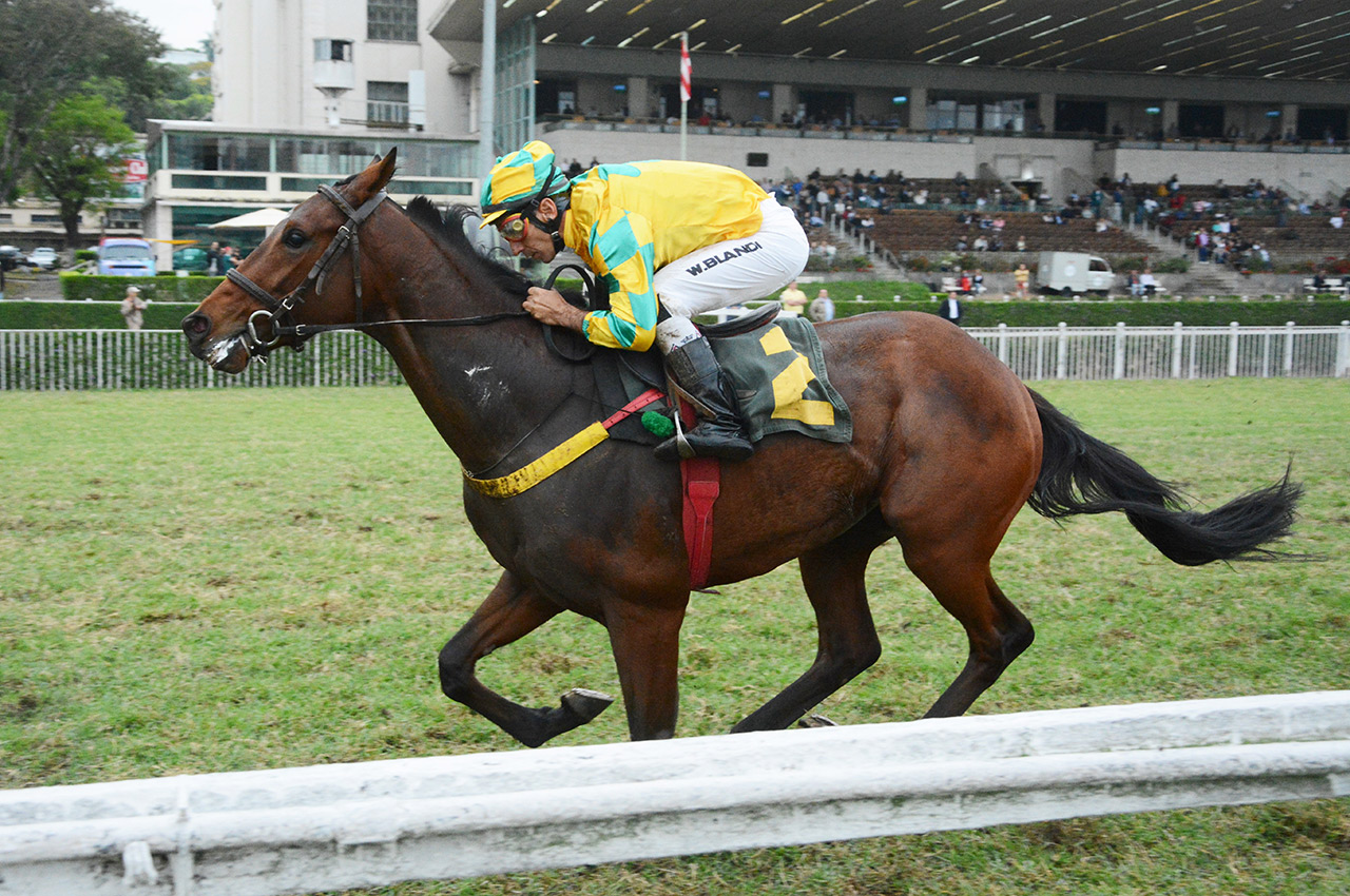 First Fighter vence a preparatória para o Derby Paulista